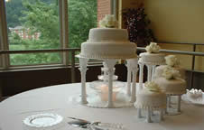 los wedding cake juniata college