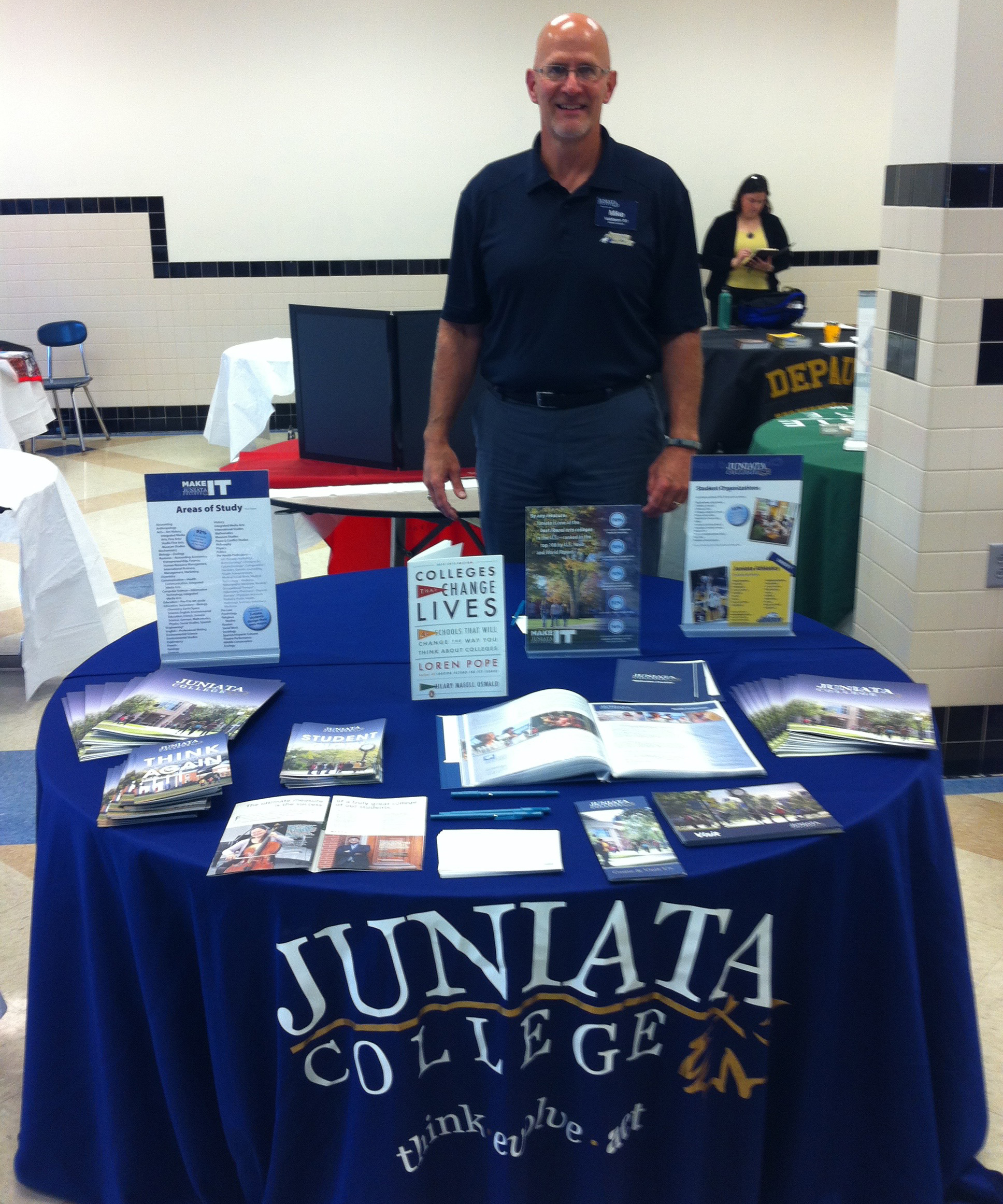 Mike Valdiserri representing Juniata College at a College Fair
