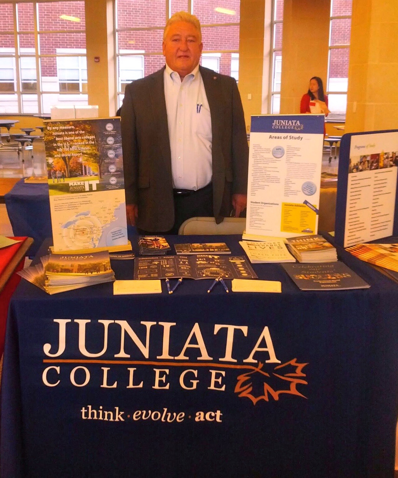 Ron Seilier represents Juniata College at a College Fair