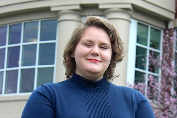 Kaitlyn Roth Portrait