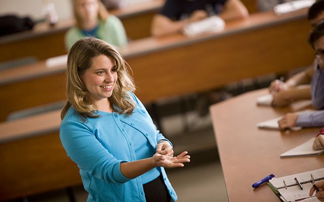 Professor Baughman giving a lecture at Juniata College